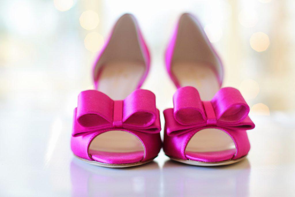 הסוף לבלגן פתרונות אחסון נעליים שאת חייבת בחדר