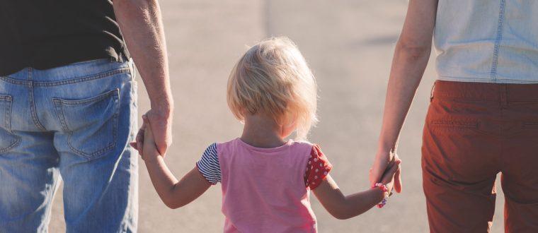 במיוחד לאמהות: מתי צריך לעבור הדרכת הורים?